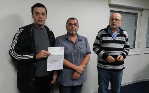 Après jugement, M. DORN reçoit un chèque de l'UNAF